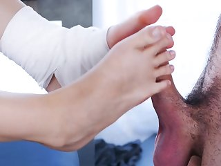 Sexual foot fetish with a gorgeous kermis