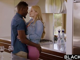 BLACKED Hot Girlfriend Craves and Cheats Down BBC