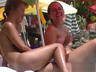 Nice Young Tits - Beach Voyeur Movie