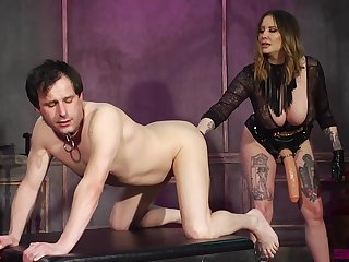 Kinky Maitresse Madeline Marlowe craves be advantageous to a friend's obese with an increment of distinct cock