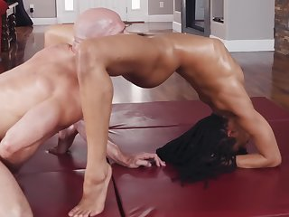 Strong bald-pated Johnny Sins and black sports girl Kira Noir