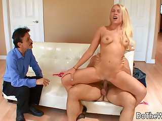 Slutty Become man Jamie Applegate Cuckolds Her Old Hubby with a  Guy