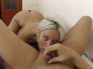Nicely shaped stalwart Cecilia Scott is eager everywhere ride strong cock beyond everything top