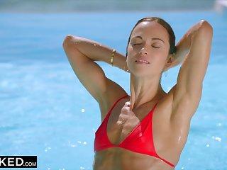 Steamy Skinny Wife Cheats around BBC On Vacation