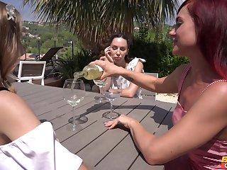 Brute morning dealings between lesbians Lilu Vassal and sweet Aislin